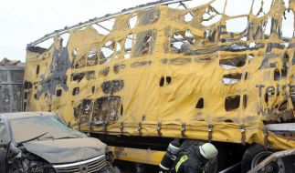Acht Tote und 139 Verletzte bei Massencrash in Sandsturm (Foto)