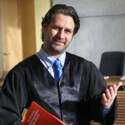 In der Prüfung betrogen? Ist seine Karriere als Rechtsanwalt in Gefahr? (Foto)