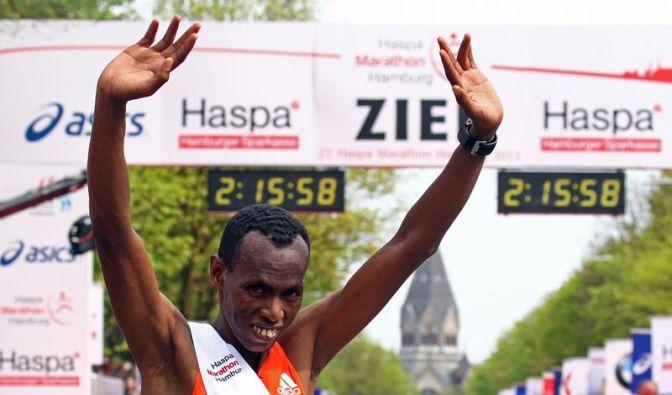 Äthiopier Dawit gewinnt 27. Hamburg-Marathon (Foto)