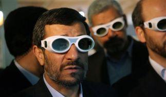 Ahmadinedschad spielt mit dem Feuer (Foto)