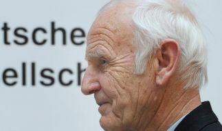 Akademie ehrt Günter de Bruyn und Arnold Esch (Foto)
