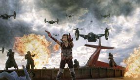 Alice im Kampf gegen wütende Zombies und die Umbrella Corperation. (Foto)