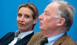 Alice Weidel (l) und Alexander Gauland sind die Bundestagswahl-Spitzenkandidaten der Alternative für Deutschland (AfD). (Foto)