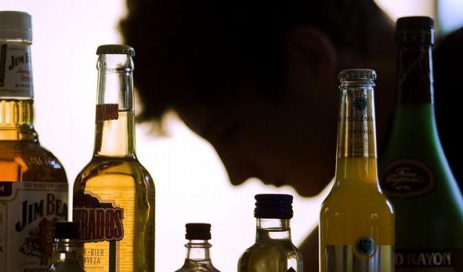 Alkohol für Jugendliche schnell lebensgefährlich (Foto)