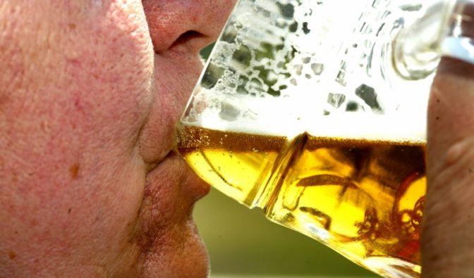 Alkohol macht dick (Foto)