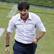 Alles richtig gemacht, Herr Löw: Der Bundestrainer hat das DFB-Team pünktlich zur EM wieder auf Spur gebracht.