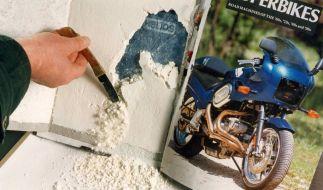 Als Drogenversteck eignet sich eigentlich alles. Zum Beispiel dieser Motorrad-Bildband mit 500 Gramm Koks. (Foto)