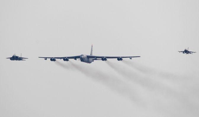 Als Reaktion auf Nordkoreas jüngsten Atombomben-Test entsandten die USA einen B52-Bomber nach Südkorea. Dieser kann als Nuklearwaffenträger eingesetzt werden. (Foto)