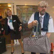 Blondiert! Flussreisen-Chef tarnte sich als blinder Passagier (Foto)