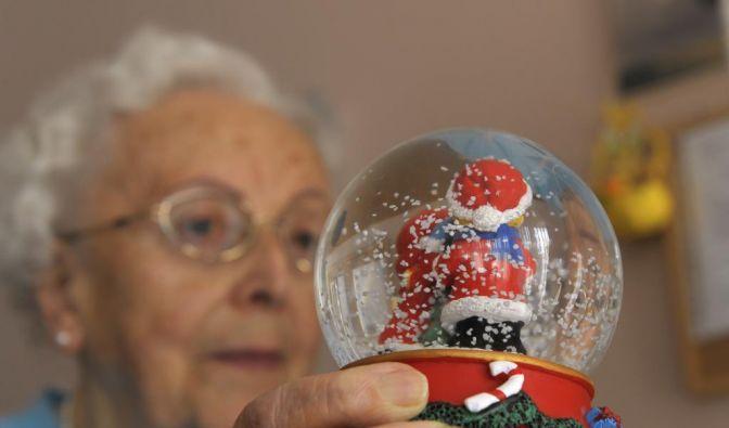 Alte Menschen in Heimen brauchen echte Pflege. (Foto)