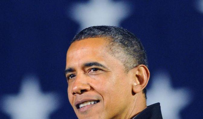 Am frühen Morgen des 7. November steht fest: Barack Obama bleibt Präsident der Vereinigten Staaten von Amerika. «Vier weitere Jahre», schreibt er auf Twitter und sendet ein Bild von sich und seiner Frau. (Foto)