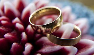 Am Tag des Ringtausches muss alles stimmen - Brautpaare haben in den Monaten vor der Hochzeit jedoch einiges zu planen. (Foto)