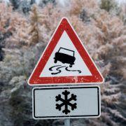 Am Wochenende kann es bis ins Tiefland zu Schneefall kommen. (Foto)