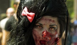 Amy Winehouse Zombie (Foto)
