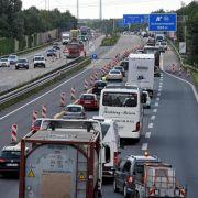 So kommen Sie sicher durch Autobahnbaustellen (Foto)