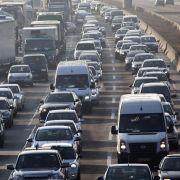 Stau-Gefahr! Auf diesen Autobahnen wird es heute eng (Foto)