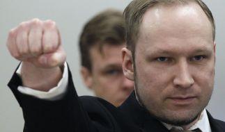 Anders Behring Breivik scheut auch im Gerichtssaal keine noch so fragwürdige Geste. (Foto)