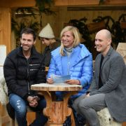"Andrea Kiewel begrüßt am zweiten Advent im ""ZDF Fernsehgarten"" so illustre Gäste wie Sven Hanawald und Oli P. (Foto)"