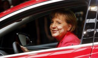 Angela Merkel Opel (Foto)