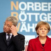 Tritt Norbert Röttgen nach? Angela Merkel und die CDU haben Angst, dass der ehemalige Umweltminister seine Sicht der Dinge darlegt.