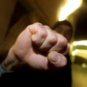 Professor wird in Straßenbahn attackiert - weil er deutsch spricht (Foto)
