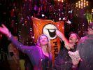 Anhänger der Piratenpartei jubeln über das Berliner Wahlergebnis.  (Foto)