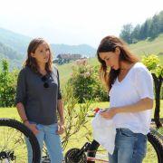 Schwanger mit 50! Kann Lena ihrer Freundin Anja helfen? (Foto)