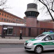 Anschläge gegen Staatsgebäude: Rechtsextremist tot in U-Haft (Foto)