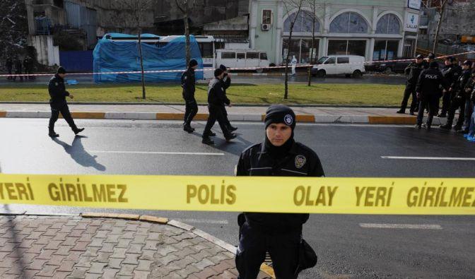 Anschlag in Istanbul: Zehn Polizisten verletzt (Foto)