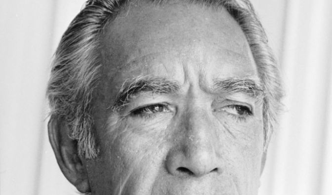 Anthony Quinn (Foto)