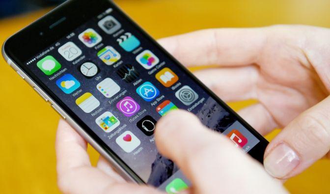 Apps wie auf diesem iPhone 6 sind zunehmend Teil des Alltags vieler Nutzer. (Foto)