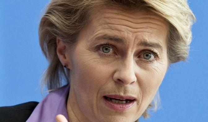 Arbeitsministerin kritisiert Unternehmen wegen Frauenquote (Foto)