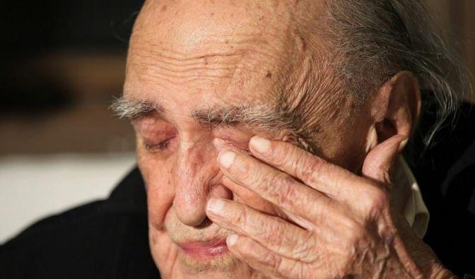 Architekt Niemeyer mit Lungenentzündung im Hospital (Foto)
