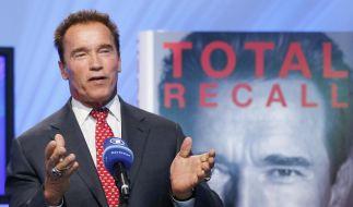 arnold schwarzenegger hat seine biografie auf der buchmesse in frankfurt am vorgestellt foto - Arnold Schwarzenegger Lebenslauf
