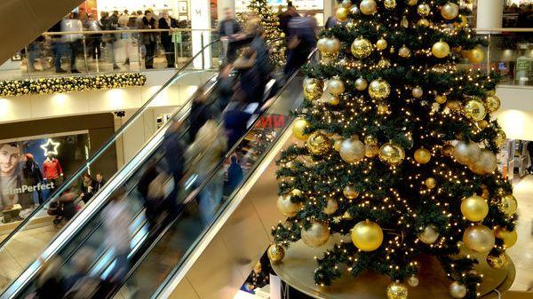 Auch am 1. Advent können Sie in vielen Städten shoppen.