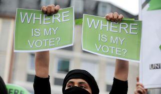 Auch in Frankfurt stellten Iraner die Frage, wo ihre Stimme geblieben sei.dpa (Foto)