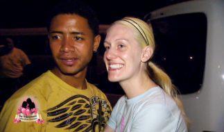Auch Kathi (24) und Dominikaner Jonathan (25) lernten sich im Urlaub kennen. Jetzt ist sie schwanger von ihm. (Foto)