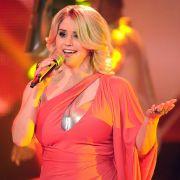 Auch die junge Sängerin hat den Schlager mit ihren Auftritten und Outfits bunter und sexier gemacht.