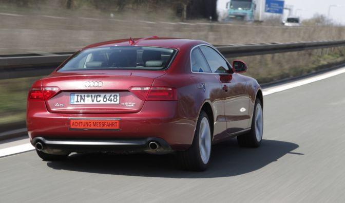 Audi in komfortabler Schräglage (Foto)