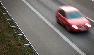 Auf der Autobahn A70 bei Thurnau in Bayern wurde ein Mann nach einem Streit mit seiner Partnerin tödlich verletzt. (Symbolbild) (Foto)