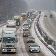 Ende der Weihnachtsferien: Auf diesen Autobahnen geht am Wochenende nichts (Foto)