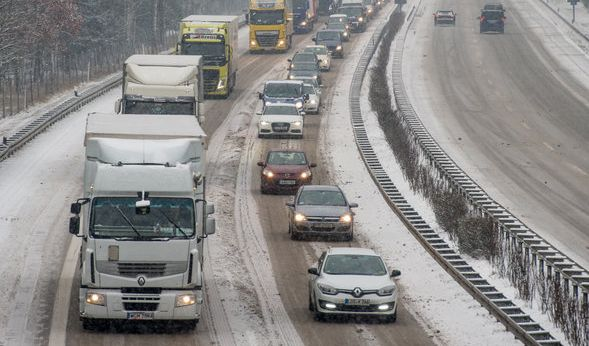 Auf diesen Autobahnen müssen sie sich auf lange Wartezeiten einstellen. (Foto)