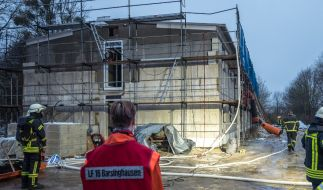 Auf ein im Bau befindliches Flüchtlingswohnheim in Barsinghausen bei Hannover ist am Morgen des 23.01.2016 ein Brandanschlag verübt worden. (Foto)