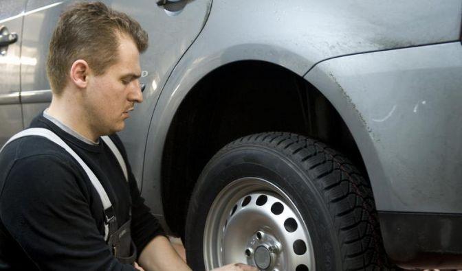 Auf den Reifendruck achten (Foto)