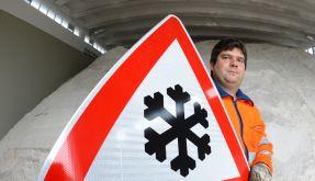 Auf den Straßen gilt erhöhte Vorsicht: Regen und Frost können für Glätte sorgen. (Foto)