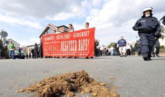 Aufmarsch von Rechtsextremisten (Foto)