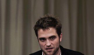 Aus und vorbei? Robert Pattinson hat seine Sachen gepackt. (Foto)