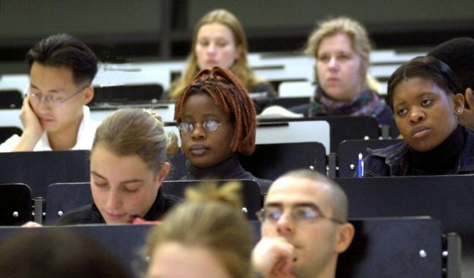 Ausländische Studenten (Foto)