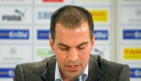 Babbel auf Pressekonferenz (Foto)
