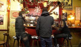 Bagger auf die Tanzfläche: Berliner Clubs unter Druck (Foto)
